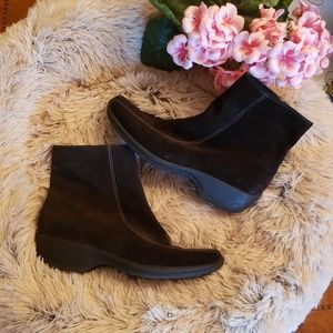 Clarks Black Boots Size 9M